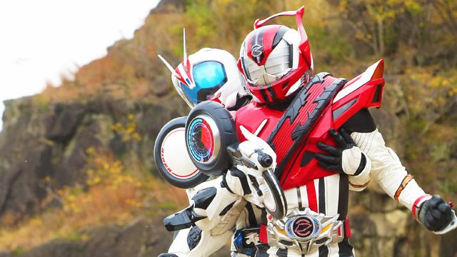 【仮面ライダードライブ】映画限定の仮面ライダー超デッドヒートドライブの画像が公開?