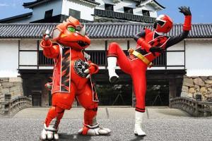 【ニンニンジャー】『手裏剣戦隊ニンニンジャー THE MOVIE』で弓張重三VSシュリケンジンダイノの対決!勝つのはどっちだ!