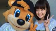 【ニュース】仮面ライダーウィザードのコヨミ役の奥仲麻琴さんが始球式に!投げる姿がかわええ~