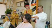 【仮面ライダービルド】バーバー桐生店内のタペストリーが「白髪BLAK RX」となっていたのはわざと!スペルミスじゃないぞw